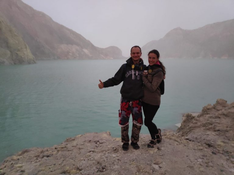 IJEN COUPLE
